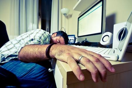 Una alimentación eficiente y visita al médico evitan el agotamiento físico.